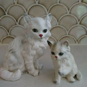 Two Vintage  Lefton White Persian Cats Japanese